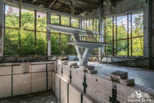 Chernobyl Pripyat Azure Swimming Pool Lazúrnyj Diving Board