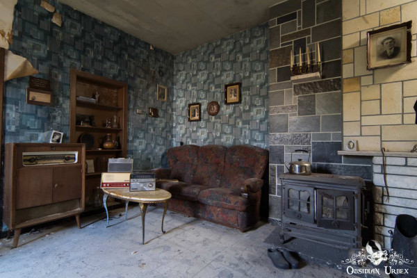 Maison Radio Living Room A