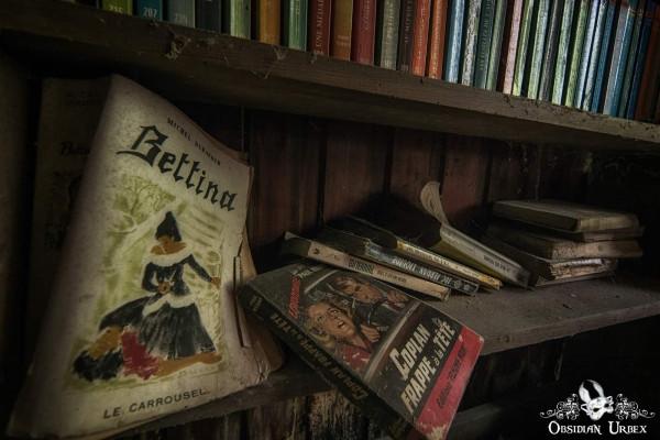Maison Popeye Bookshelf