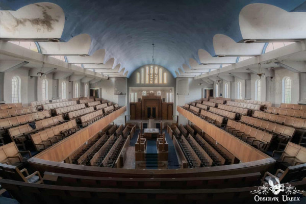 The Ark Synagogue England View From Upper Level
