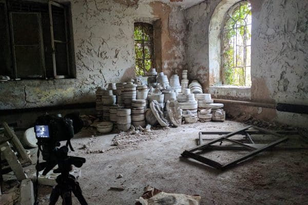 French Pottery behind the scenes