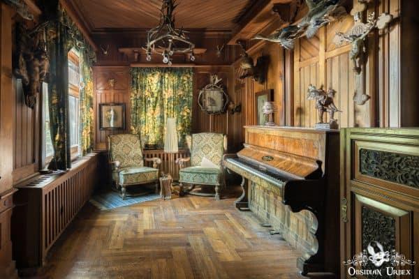 Hunters Hotel Jagerhotel Germany Chairs Piano