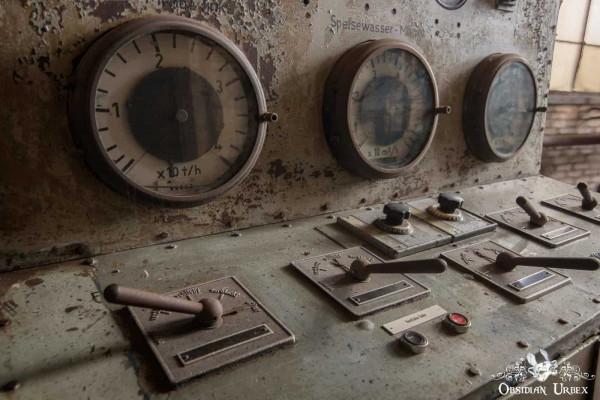 Kraftwerk P Germany Control Panel Dials