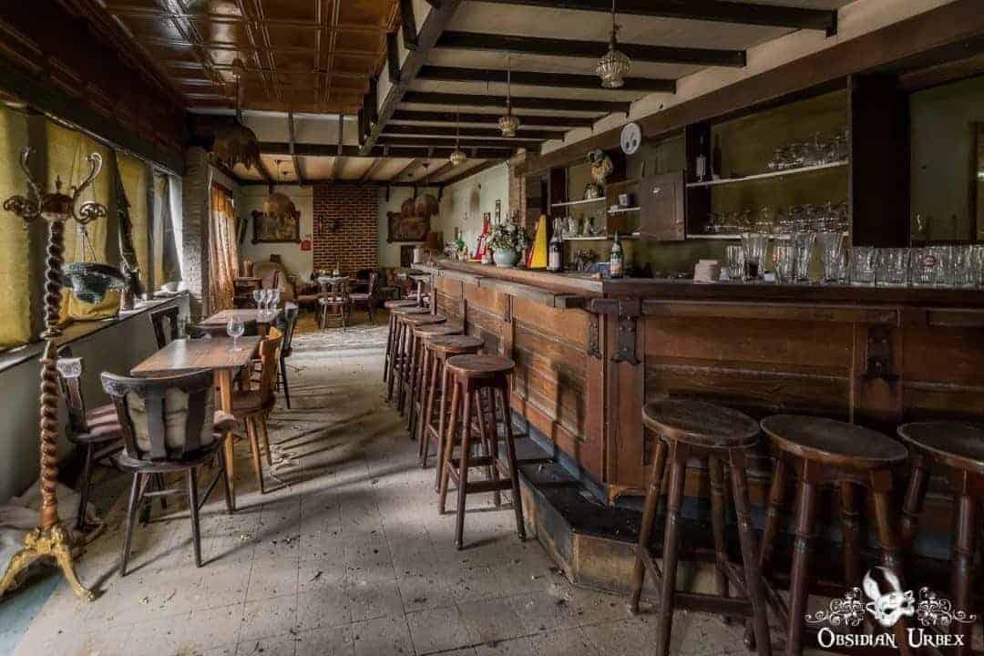 Cafe Ons Moe Moe S Tavern Belgium Obsidian Urbex