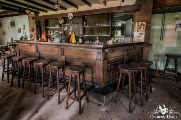 Cafe ons Moe Belgium Abandoned Pub Bar Stools