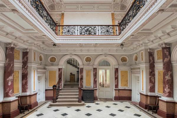 Mansion of Dramatics England Featured Image