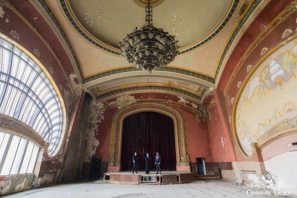 Romania December 2017 Casino Stage Ballroom Selfie Janine Pendleton Jack Alford Jack Masey