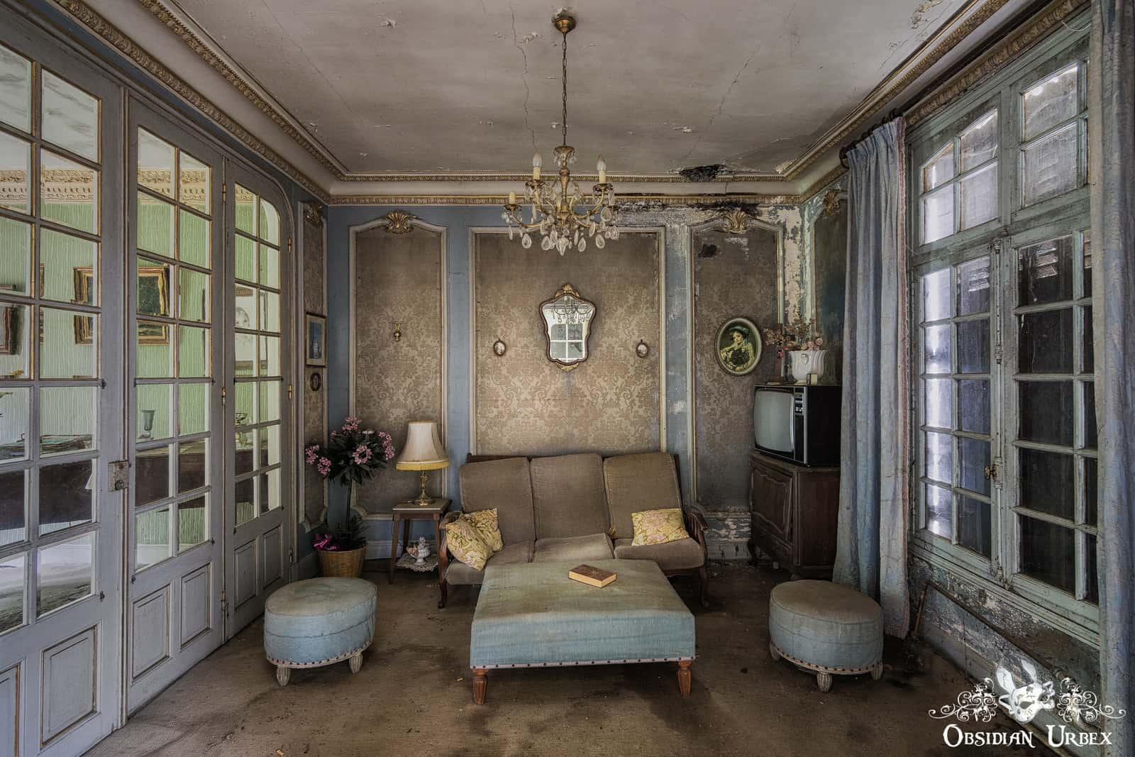 Maison De Damask France Obsidian Urbex Photography