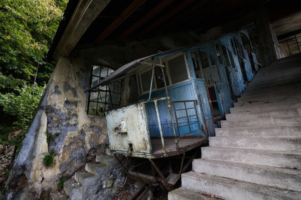Alpine Funicular Railway Italy Featured Image