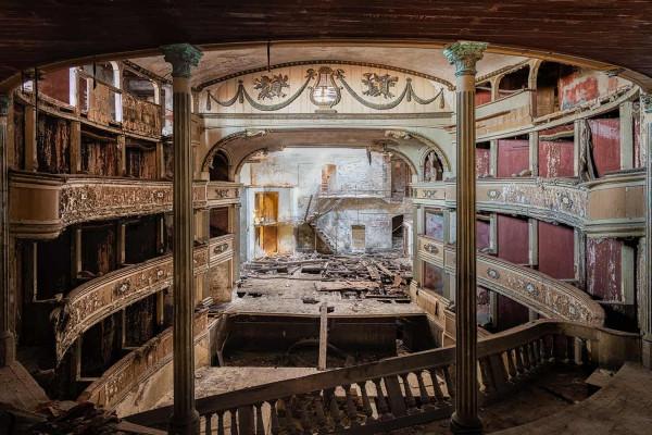 Teatro Balconi Italy Featured Image