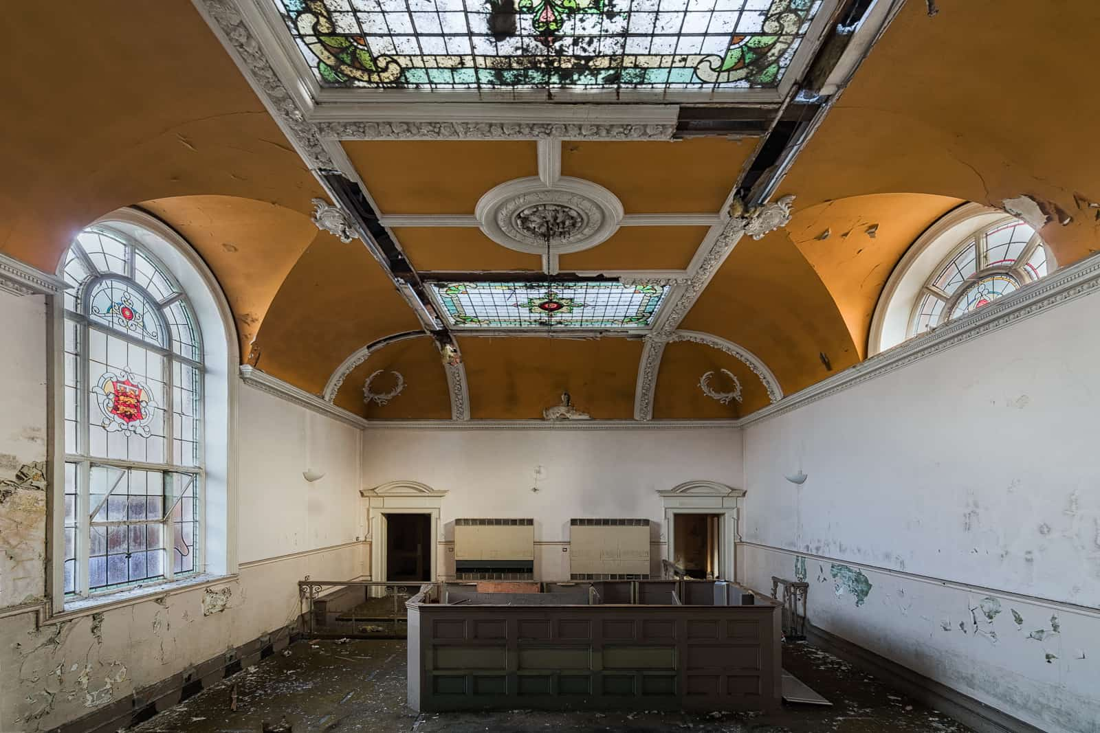 Edwardian Magistrates Court, England - Obsidian Urbex Photography | Urban Exploration