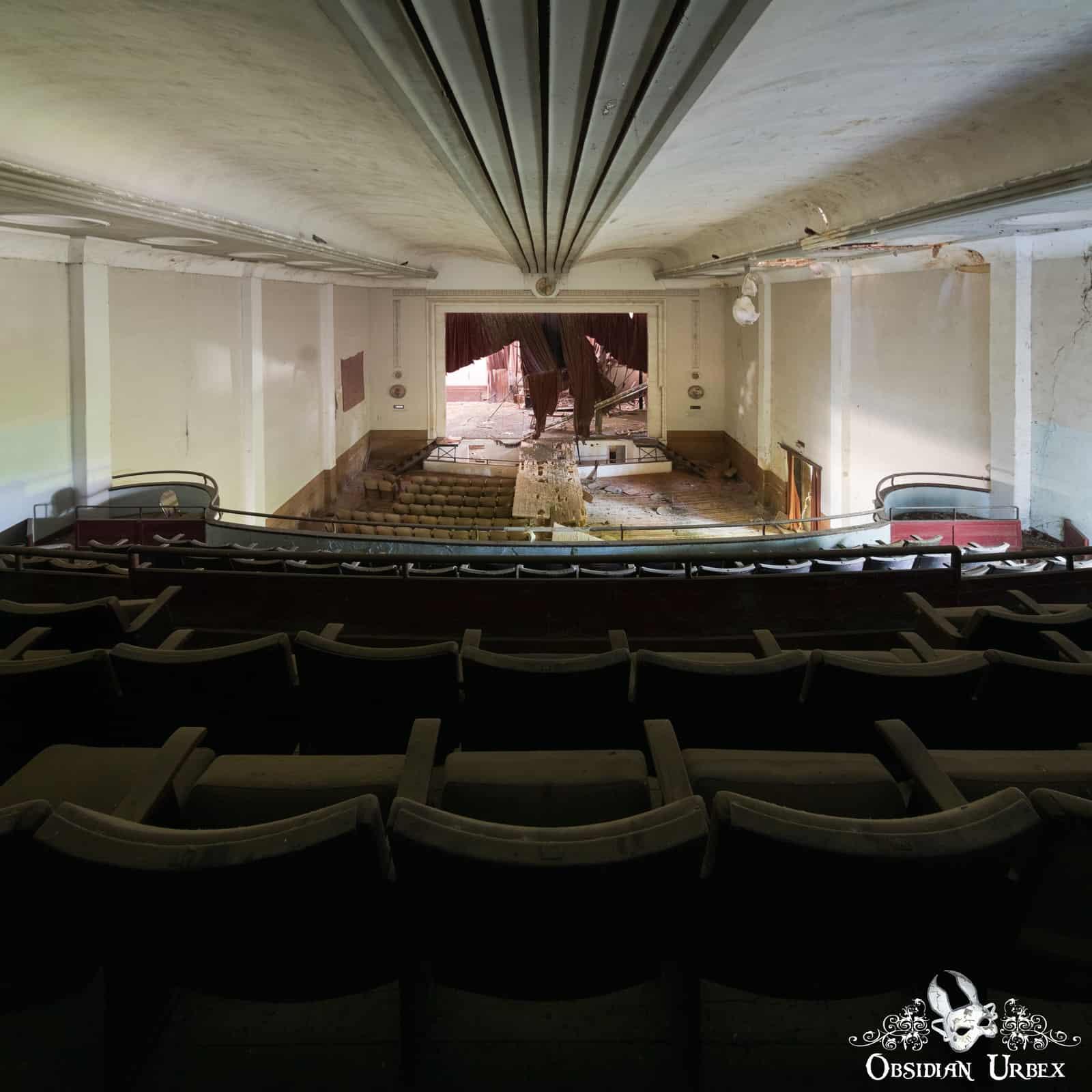 Cinema Extravaganza, Portugal