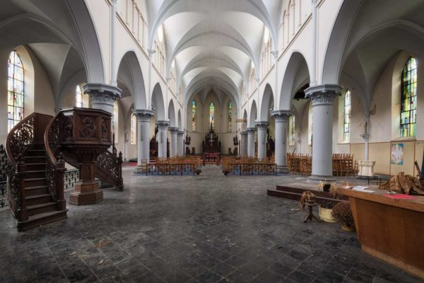 Eglise aux Milles Arches Belgium Featured Image