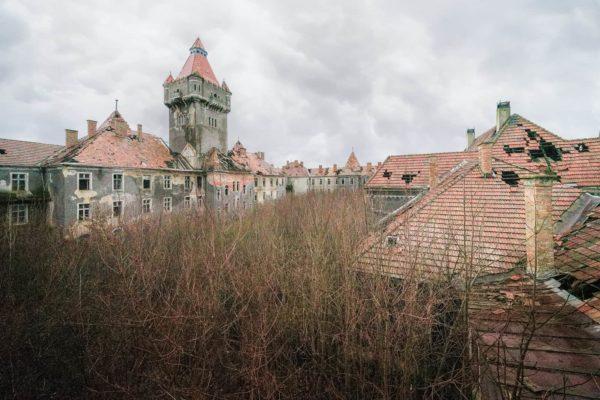 Little Noisy Army Barracks Hungary Featured Image
